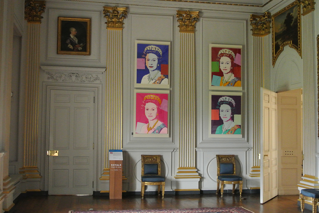 Photograph Royals: Then and Now exhibition